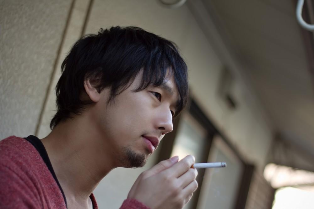 考えるとしようか(タバコは吸いません!)